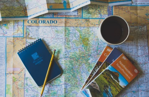 10 Things to throw in your suitcase for eco-friendly travel